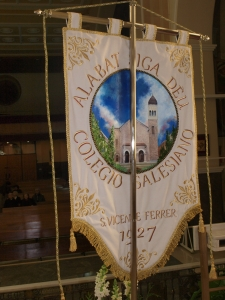 AAAA Alcoy S. Vicente Ferrer nuevo estandarte reverso